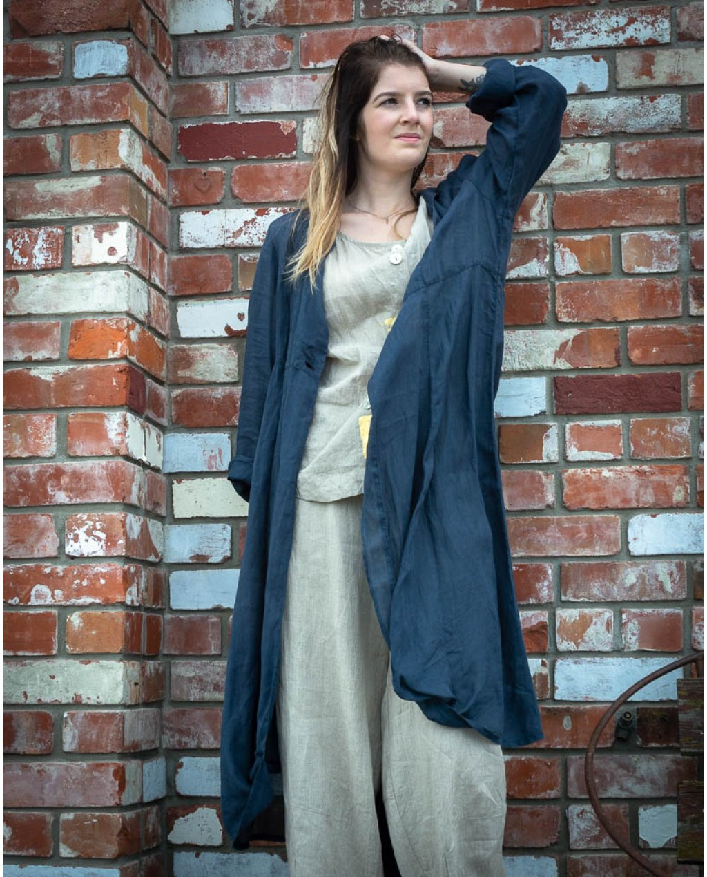 Banana Blue | Long Jacket | Linen - Navy