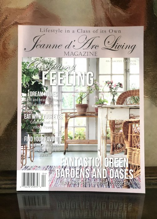 Jeanne d'Arc Living Magazine | Issue 4| 2021