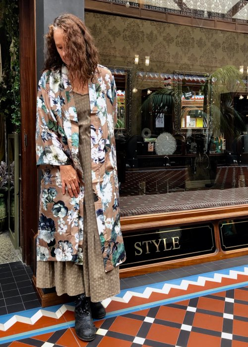 Route Jaipur - 100 percent Silk Robe - Brown Floral